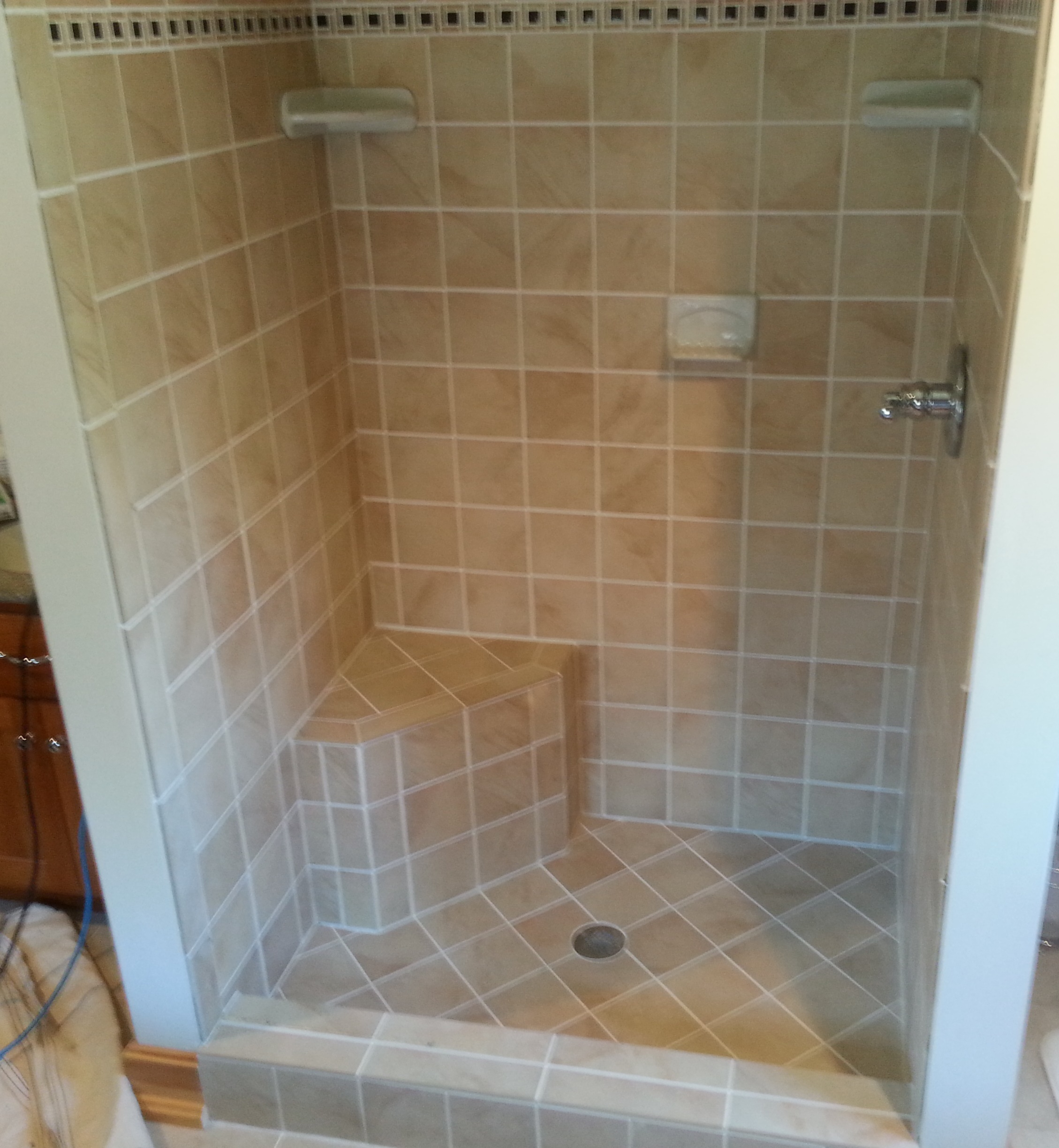 Displaying 18> Images For - Custom Tile Bathtub...